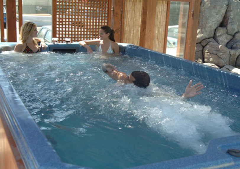 Spas y saunas aislamientos y piscinas en segovia aislamax - Piscina climatizada segovia ...