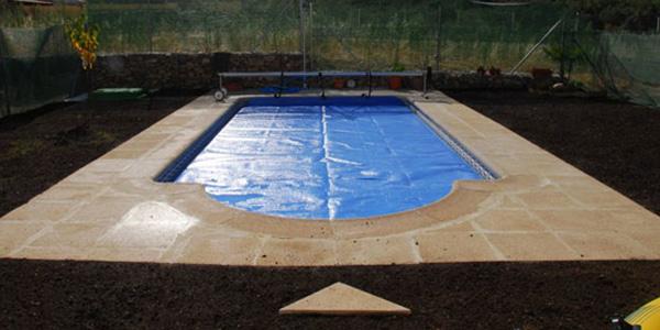 Piscinas aislamientos y piscinas en segovia aislamax - Piscina climatizada segovia ...